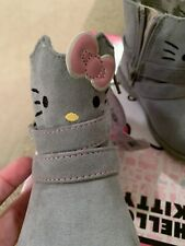 Hello Kitty Sanrio Girl Winter Boots Shoes Faux Suede Outerwear Sueded Gray Sz 6