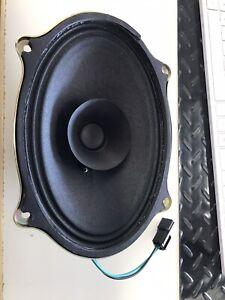 CNH 245343C3 Speaker Case IH Magnum Tractors 7140 7220