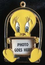 Vintage Tweety Bird Pin / Brooch Photo 1994 Gold Tone Pendant