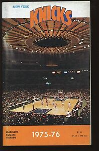 1975-76 NBA Basketball New York Knickerbockers Yearbook EXMT+