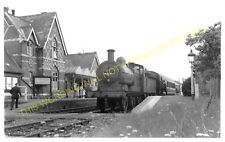 Upton-on-Severn Railway Station Photo. Malvern Wells - Ripple and Tewksbury (3)