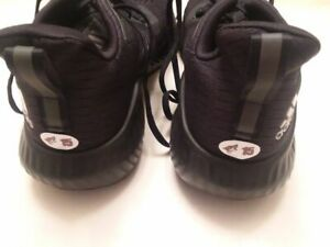 ARIZONA COYOTES Brad Richardson worn Adidas workout shoes size 12 from 2019-2020