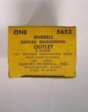 HUBBELL 5652 DUPLEX Grounding Receptacle 250V 15 Amp