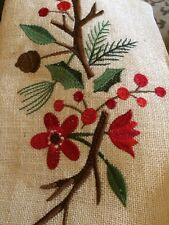Target Jute Christmas Red Berry Holly Table Runner Gold Thread NWOT