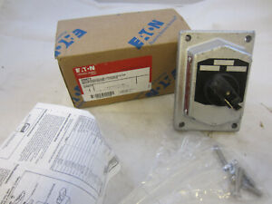 CROUSE HINDS DSD925 EXPLOSION PROOF 3 POSITION SELECTOR SWITCH COVER