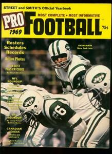 STREET AND SMITH'S PRO-FOOTBALL YEARBOOK 1969 NAMATH VF