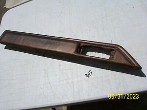 1974 1975 1976 LINCOLN MARK IV LEFT DOOR PANEL ARMREST PAD USED OEM
