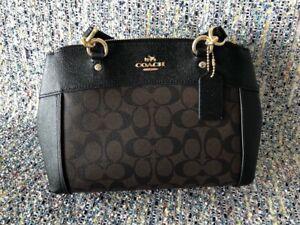 Brand New Authentic Coach Women's Handbag  Crossbody Bag F26139