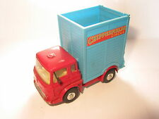 CORGI TOYS BEDFORD TRACTOR UNIT REF 21101/59 CHIPPERFIELDS CIRCUS