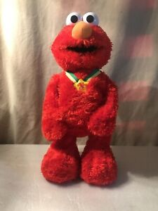Elmo Extra Special Tickle Me TMX 2005 by Mattel Animated, Talks! Laughs!