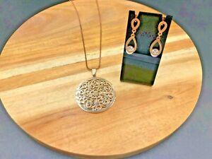 Stainless Steel Rose Gold Lace Pendant & Swarovski Crystal Earrings Set