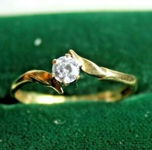 Gorgeous 9ct Yellow Gold Solitaire Ring Size Q Hallmarked 375 9 Carat 4mm Stone