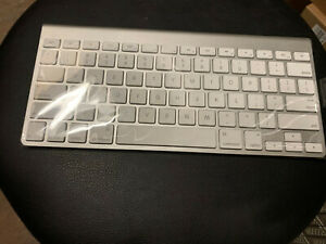 NEW Apple MC184LL/A Wireless Keyboard