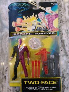 VINTAGE 1995 BATMAN FOREVER TWO-FACE ACTION FIGURE MOC SEALED KENNER