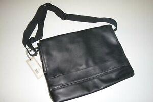 Kenneth Cole Reaction mens black FLUX leather Pebbled Messenger shoulder bag