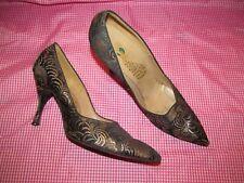 Peacock Hi-Arch Shoes Women's 6.5 N Black & Gold pumps Vintage 1950s / 1960s