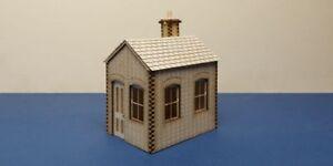 O gauge (7 mm) -  Small lineside office