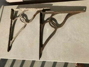 SET OF 2 LARGE ANTIQUE VINTAGE SHELF BRACKET BRACES Rustic Antique Cast Iron