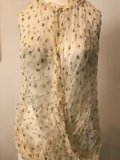 USED VANESSABRUNO Beige  Floral Short sleeve top Size 34 !!! CLARAZO