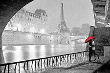 EIFFEL TOWER - KISS POSTER - 24x36 ROMANCE SCENIC PARIS FRANCE 33927