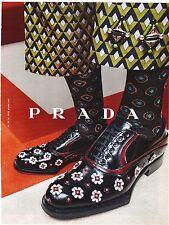 PRADA chaussures  Publicité de Magazine . ( mag.advertise ). pub papier découpée