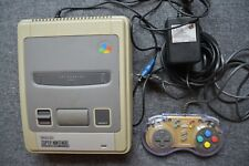 Super Nintendo SNES + 1 Controller + AC Adapter + 5 Spiel (Super Mario)
