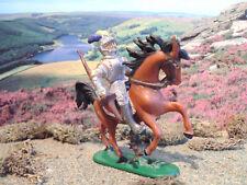 Vintage Medieval Jean Hoffler mounted knight 1:32 painted
