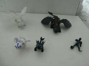 """HOW TO TRAIN YOUR DRAGON 8"""" TOOTHLESS, LIGHTFURY & 2 BABIES FIGURES"""