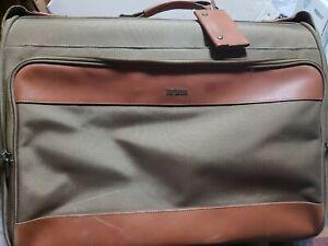 Hartman Leather Trim Rolling Garment Wardrobe Suitcase, Extras, Read description