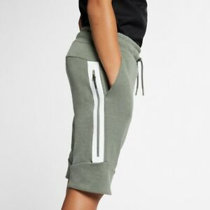 Nike Tech Fleece 'Vintage Green' Shorts 816280-351 Size Medium Boys'