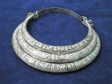 Bijoux de collection Tibet argent Motif animal sculpté Collier
