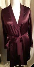 Women's burgundy satin dressing gown, size L, Chaslyn