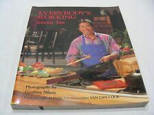 EVERYBODY'S WOKKING - MARTIN YAN - RETRO 1991 PAPERBACK COOK BOOK!