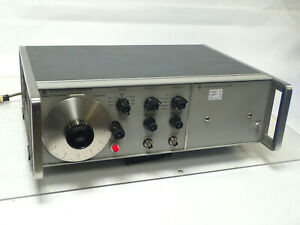 HP 3300A AGILENT FUNCTION GENERATOR w HP 3301A AUXILIARY PLUG-IN, TESTED