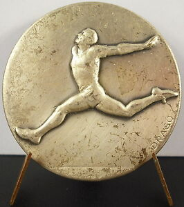Médaille sport olympique olympic course à pief running 100m sc Drago c1950 Medal
