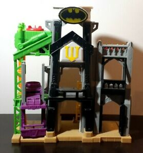 Fisher Price Imaginext DC Super Friends Wayne Manor Tower Batman Playset