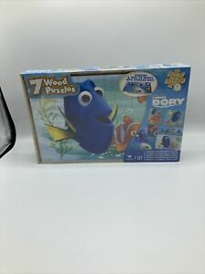 7 Wood Disney puzzles with tray and storage box, Finding Dory