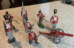 Lead Soldiers British Army Rifleman  Flag Bearer With Cannon, Lot of 8