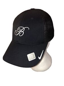 NWOT Nike Golf Bellagio Casino Las Vegas Fitted Black Cap Hat Size S/M