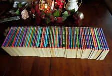 63 COMPLETE SET GOOSEBUMPS ALL ORIGINAL SERIES BOOKS!! WITH  13 COLLECTIBLES #1