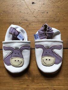 BNIB Cute Soft Leather Pram Shoes 6-12 Months Baby Girl Boy Petit Marin