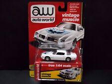 Auto World Pontiac Firebird Trans Am 1975 BLANC AVEC AIGLE 64112a 1/64