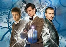 DOCTOR WHO GLOSSY PHOTO PRINT - SIGNED x 3 - ECCLESTON, TENNANT, SMITH