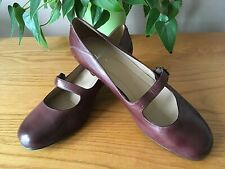 Ladies Clarks brown leather Mary Jane style court shoes UK 7 EU 40 RRP £65
