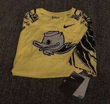 Nwt Nike Drifit Oregon Ducks Puddles Tshirt Mens Size XL Yellow Jersey A4