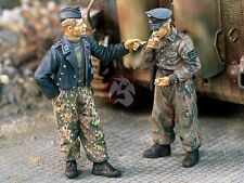 "Verlinden 1/35 ""Cigarette Break"" German Soldiers on Break WWII (2 Figures) 1014"
