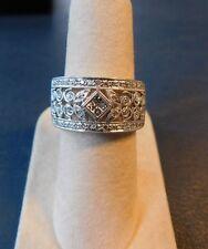 18k White Gold Invisible Princess Set Diamond Flower Cigar Cocktail Band Ring