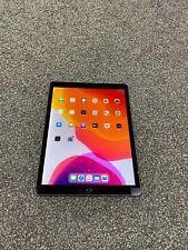 Apple iPad Pro 2nd Gen 256GB Wi-Fi 12.9 in Gray - LCD DISCOLOR