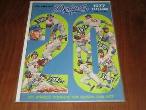 1977 LOS ANGELES DODGERS  BASEBALL YEARBOOK