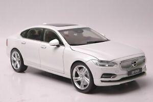 Volvo S90 car model in scale 1:18 white